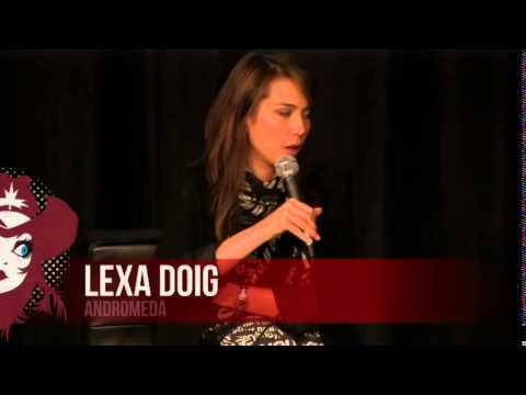 CALGARY  EXPO 2013: LEXA DOIG