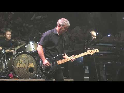 The Stranglers - Walk on By