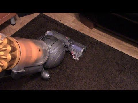 Dyson DC40 MKII: Naturally Dirty Rug Vacuuming