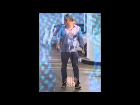 Ben Affleck Honors Derek Jeter at ESPYs 2015! (Video)