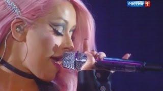 Christina Aguilera - Genie In A Bottle / Beautiful (Российская национальная музыкальная премия)