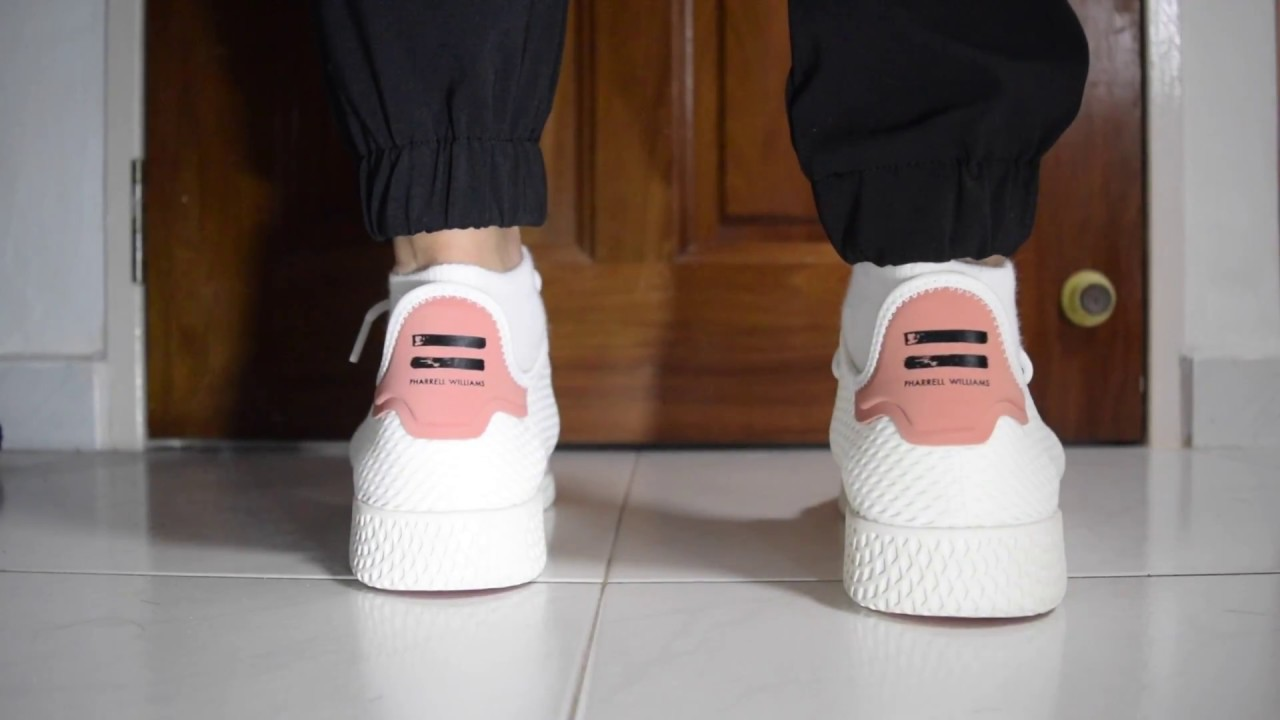 best service 0677b 726f8 What Are Thoze?!? - Adidas x Pharrell Williams Tennis Hu (White/Raw ...