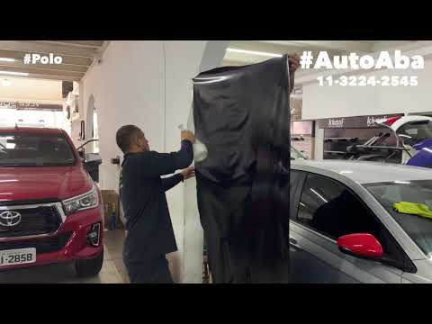 Novo Vw Polo Beats Audio Envelopamos o Teto com adesivo Preto Brilhante Black Piano - AutoABA