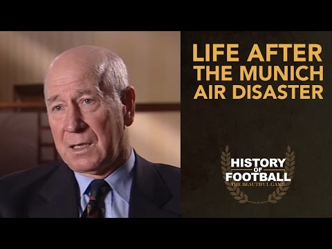 Sir Bobby Charlton Life After The Munich Air Disaster | Interview | History Of Football