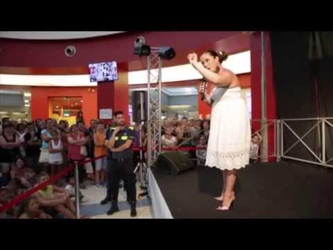 Valentina Persia Al Tiburtino Shopping Center! - Happy Friday, puntata 3