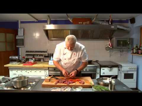 Wildes auf dem Sommergrill / Spitzen-Koch Artur Renz zaubert Rehspieße auf Rosmarin / DJV veröffentlicht Kochkurs-Video