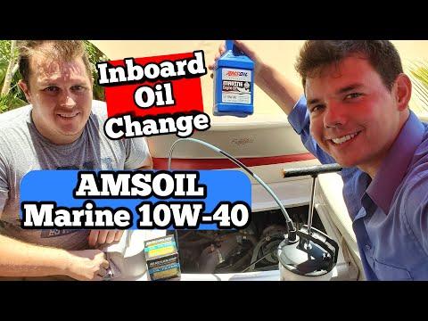 Inboard Boat AMSOIL Marine 10W-40 Motor Oil Change