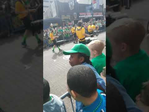 St. Patrick's Day Parade was lit! Here are the Memphis Grizzlies drum line! Beale St. 2018! Must see