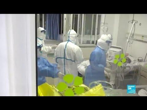 Premières évacuations d'étrangers en Chine, où le coronavirus se propage