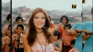 Miss Universe 1971 from Lebanon, Georgina Rizk crowning (colored) ملكة جمال الكون ١٩٧١ من لبنان