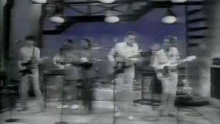 Talking Heads - Burning Down the House (Live on Letterman