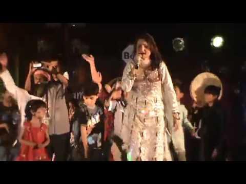 Shazia Khushk Dane Pe Dana and Ho Jama Lo Live @ Ramada Karachi 9th Oct 11