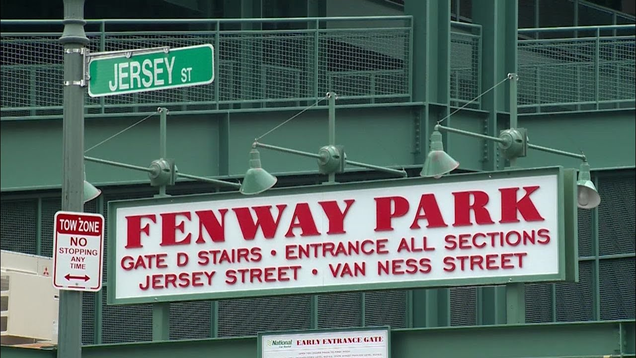 Bostonians will be able to vote at Fenway Park for first time this weekend