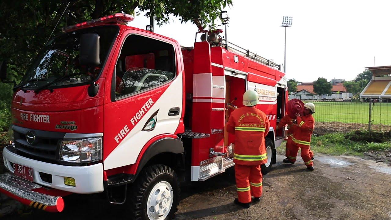 Hino Dutro Pemadam Kebakaran  YouTube