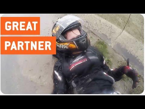 Motorcyclist Saves Girlfriend After Crash In Rain | Life Saver