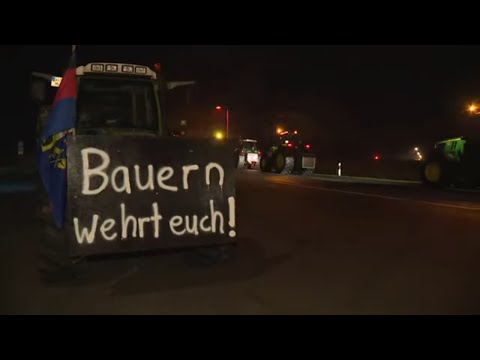 BAUERN SAUER: Hamburg - Landwirte wollen sich gewaltig Gehör verschaffen
