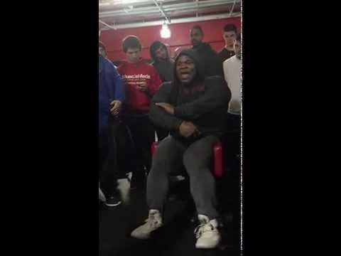 Kai Greene On Thigh Abductor Machine: Camp Kai Greene 2015