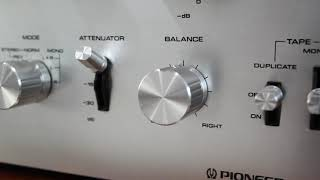 Pioneer Spec and Pioneer SA-88000 Vintage Stereo Amplifier filmed on Canon 4000D Amazon Ebay