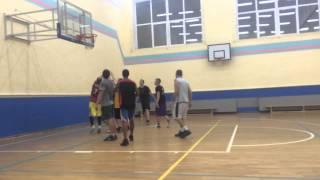 Пограть в баскетбол в Москве