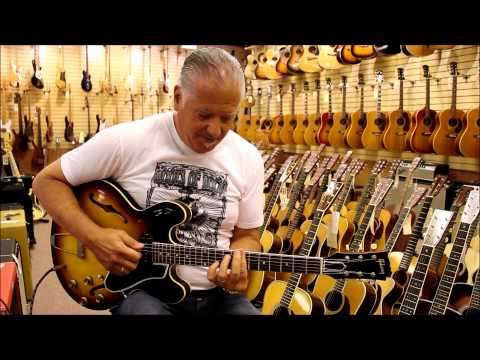 Norm plays, People leave at Norman's Rare Guitars