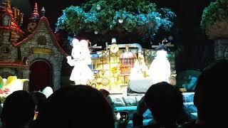 宮崎理奈 スイートスマイル ソロver. ステージが明る過ぎて白飛び。 突然の撮影OKで対処できず。 マイメロちゃんのサビの振り付けが完璧過ぎて...