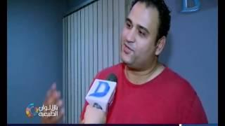 """أكرم حسنى لكاميرا """"بالألوان الطبيعية"""" انا لست بديل للإعلامى باسم يوسف ولا شيكو وهشام ماجد"""