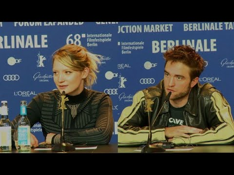 Robert Pattinson, Mia Wasikowska back #MeToo movement