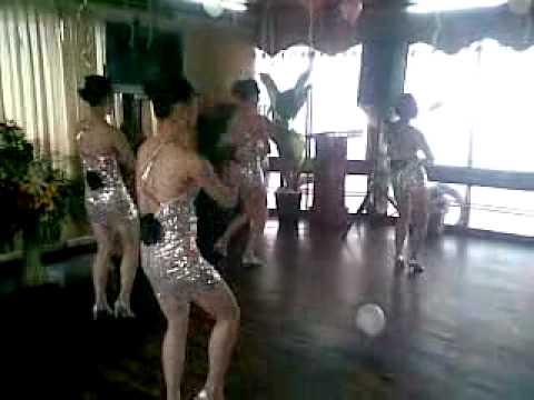 Du Thuyền Hồ Tây , thăm phủ tây Hồ, ăn tiệc xem ca múa nhạc đặc sắc