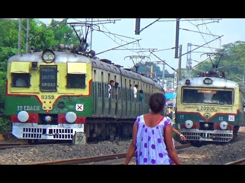 Two Local EMU Together Bandel to Howrah Crossing Burdwan Howrah Jn Local Near Hooghly Station