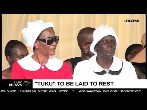 Music icon Oliver Mtukudzi to be buried in his rural home of Madziva