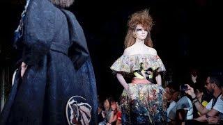 Viktor & Rolf   Haute Couture Fall Winter 2019/2020   Full Show