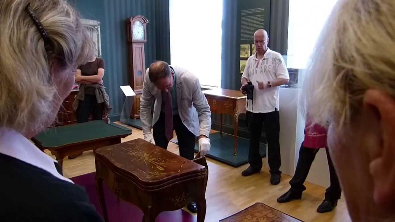 Abraham Und David Roentgen Spieltisch Von 1750 Card Table Youtube