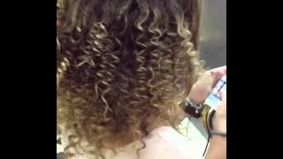 Как завить волосы на карандаш и утюжок