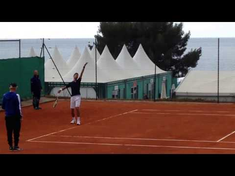 Djokovic warming up serve + return (with Alexander Zverev)