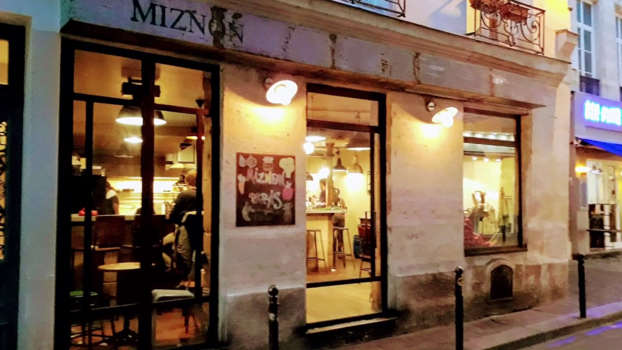 Restaurant: Miznon (Paris, Frankreich) - YouTube