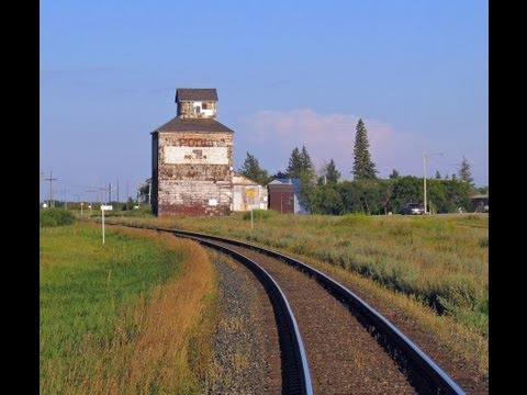 Grain Elevators - Disappearing Prairie Sentinels