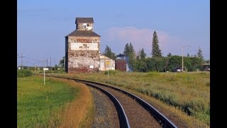Grain Elevators - Disappearing Prairie Sentinels