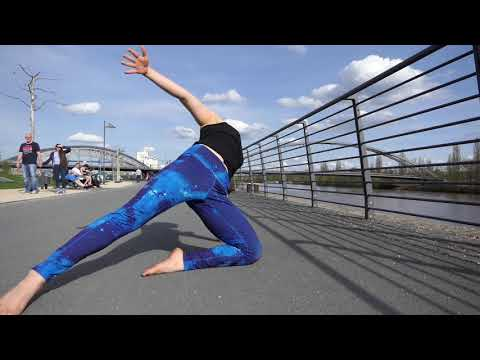 Siya Safie, Yoga Flow in Frankfurt