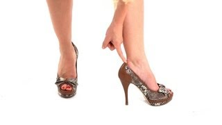 how to make sure heels fit correctly   high heel walking