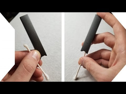 How to clean Juul easily with a Q-tip