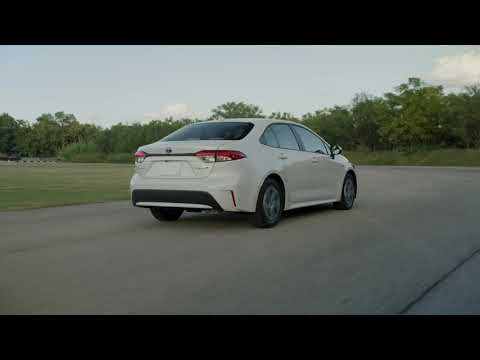 The First-ever Corolla Hybrid Walkaround | Get The Most Out Of Using Less