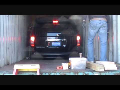 Mission Impossible Loading 4 Large Cars in One Container_0001.wmv