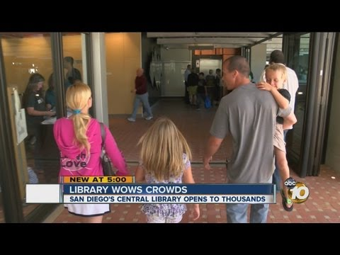 San Diego Central Library opens to the public