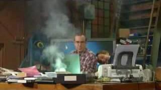 Dell Laptop Explodes on Chaser thumbnail