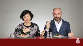 Download Итальянцы пробуют макароны по-русски Mp3 and Videos