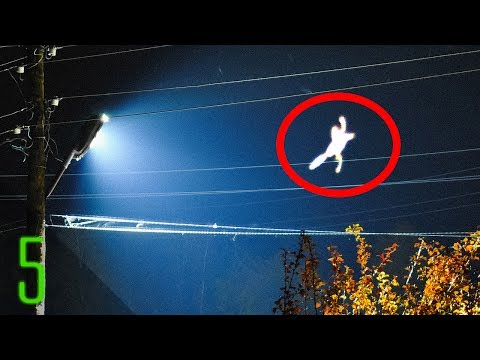 5 Unexplained Mass Sightings of Mysterious Creatures
