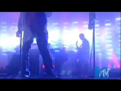 massive-attack-mezzanine-live-summersonic-festival-2006-massiveattack-ie