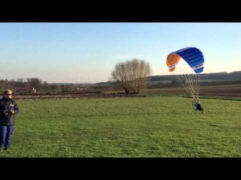 Hacker Free Paraglider