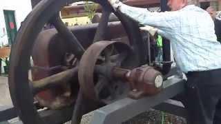 Deutz Stationärmotor mit Druckluft starten...