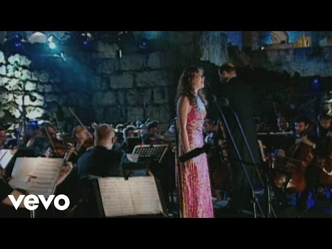 Charlotte Church - Guide Me Oh Thou Great Redeemer (Live From Jerusalem 2001)